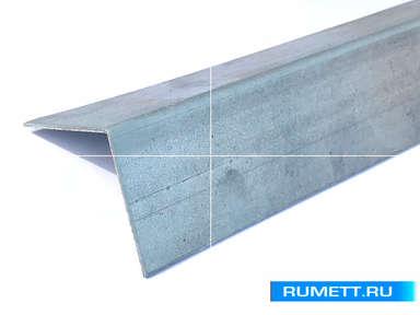 Горизонтальный Г-образный профиль 60x40 оцинкованная сталь 1,2 мм
