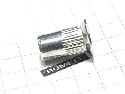 Заклёпка резьбовая М5 рифлёная потайной бортик