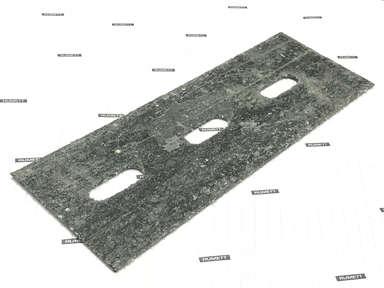 Паронитовая прокладка 70x200 мм c тремя овальными отверстиями