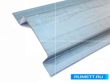П-образный вертикльный профиль 80х20х20 мм оцинкованная сталь 0,9 мм