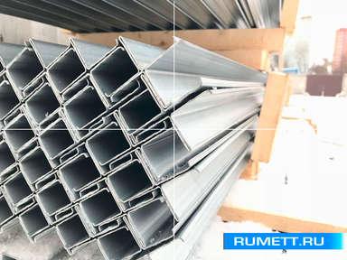 Вертикальный Т-образный профиль 65x30 из оцинкованной стали